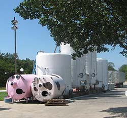 Les Bourgeois Vineyard and Winery tanks